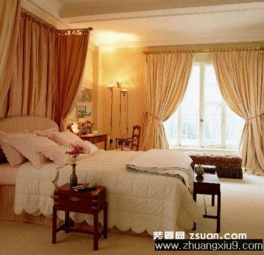 装修设计图片之卧室装修图片:现代欧式卧室实景图暖色床,卧室